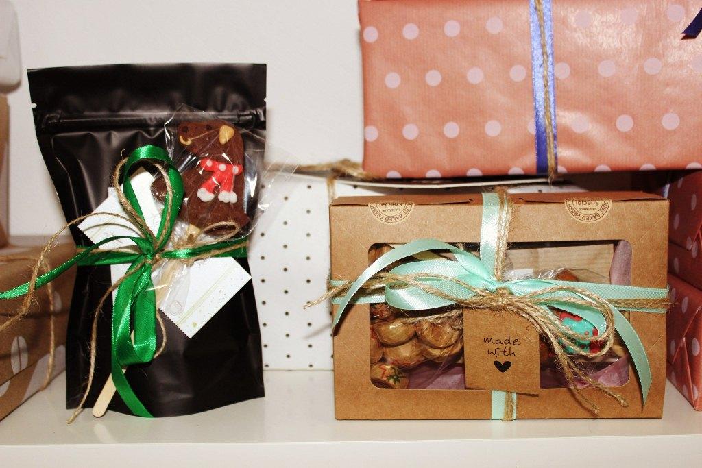 Корпоративные подарки из шоколада 100